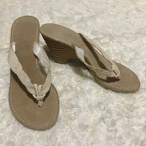 Perfect Vacation Wedge Sandals Size 5